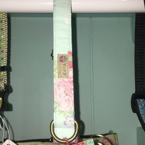 Floral small to medium dog collar!